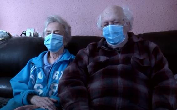 """בני הזוג ששרדו את השואה: """"אין כסף לתרופות"""""""